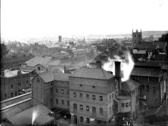 A Reading panorama from 1895