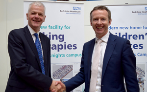 Sir David Bell from the University and Julian Emms, CEO of Berkshire Healthcare Foundation Trust