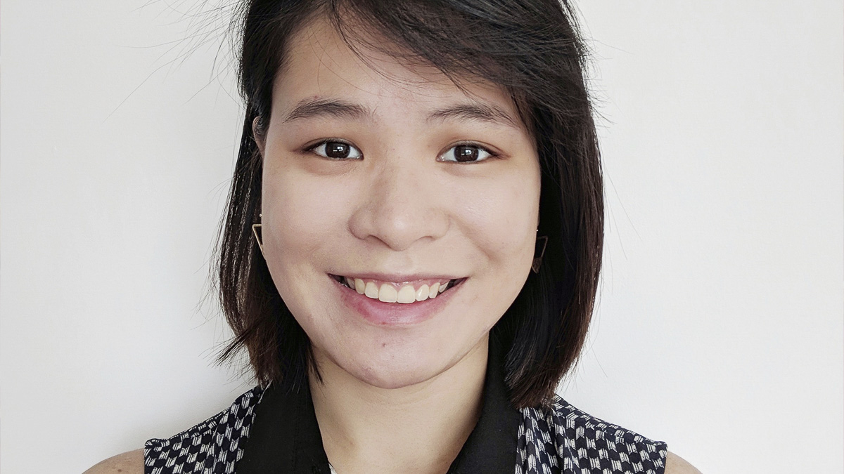 Headshot of Caroline Teng, BA Graphic Communication graduate